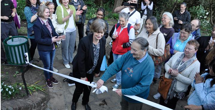 Streatham's White Garden unveiled